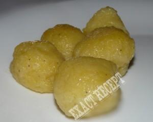 hedvabny-bramborovy-knedlik